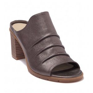 NEW THE FLEXX Aim to Pleat Mule Size 9M